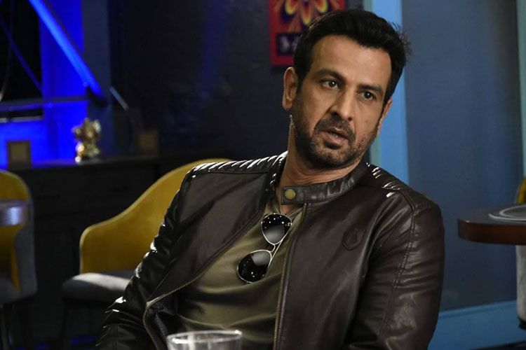 Ronit Roy might enter Bigg Boss 15 house/ Indian Express